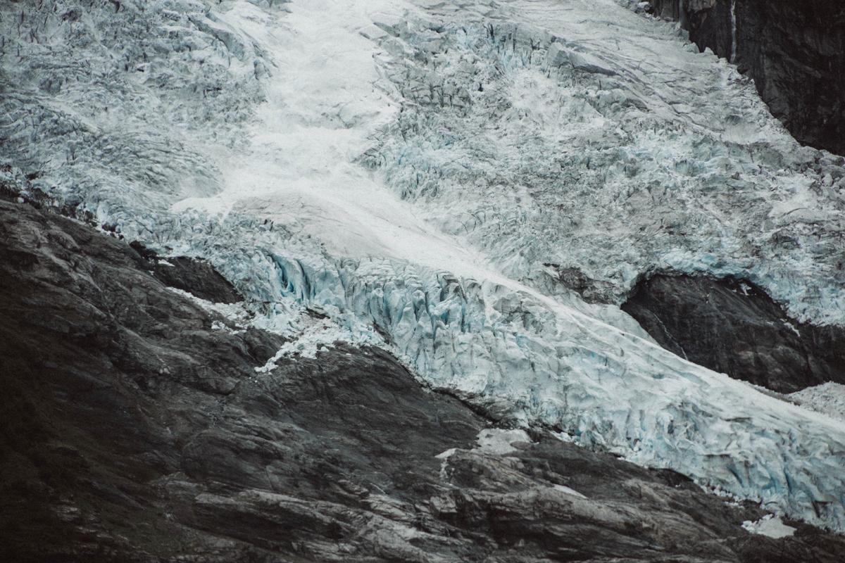 mariaundlinda_maria_und_linda_gletscher_eis_schnee_norwegen