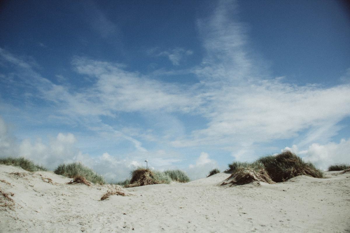 mariaundlinda_maria_und_linda_sola_strand_stavanger_sand