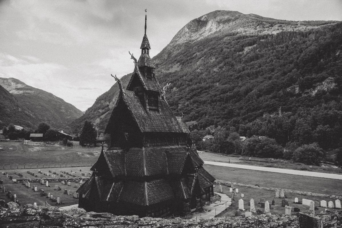 mariaundlinda_maria_und_linda_stabkirche_norwegen