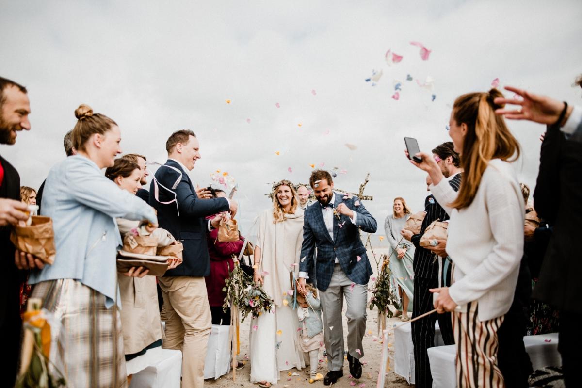 Hochzeitsfotograf-Hamburg_Hochzeit-Hamburg_Heiraten-Hamburg_Strandhochzeit_Hochzeitslocation-Hamburg_Maria-und-Linda-Fotografie_Maria-und-Linda_Maria-Linda