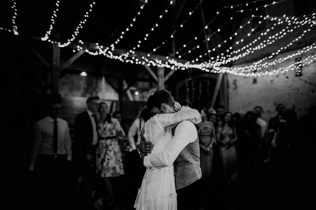 Hochzeitsfotograf-Stuttgart_Hochzeit-Stuttgart_Heiraten-Stuttgart_Heiraten-in-Stuttgart_Hochzeitslocation-Stuttgart_2